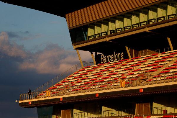 Circuit de Catalunya, Barcelona, Spain Thursday 25 February 2016. Barcelona grandstand. World Copyright: Glenn Dunbar/LAT Photographic ref: Digital Image _89P6589