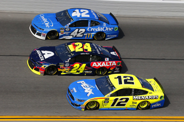 #12: Ryan Blaney, Team Penske, Ford Mustang Menards/Peak, #24: William Byron, Hendrick Motorsports, Chevrolet Camaro Axalta and #42: Kyle Larson, Chip Ganassi Racing, Chevrolet Camaro Credit One Bank