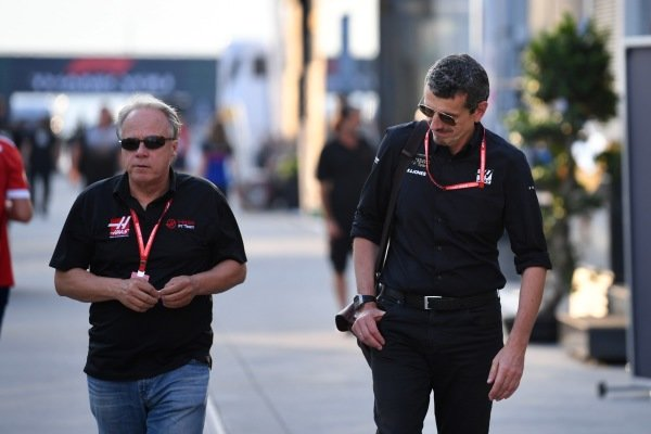 Gene Haas, Owner and Founder, Haas F1 and Guenther Steiner, Team Principal, Haas F1