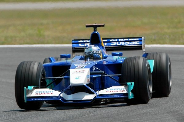 Nick Heidfeld(GER) Sauber Petronas C22Formula One Testing, Barcelona, Spain, 25 June 2002.
