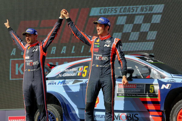 Rally winners Thierry Neuville (BEL) / Nicolas Gilsoul (BEL), Hyundai Motorsport i20 Coupe WRC celebrate on the podium at World Rally Championship, Rd13, Rally Australia, Day Three, Coffs Harbour, New South Wales, Australia, 19 November 2017.