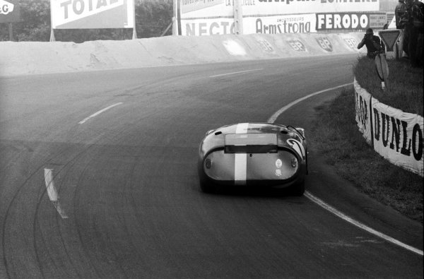 Maurice Trintignant (FRA) Maserati 151/3.Le Mans 24 Hours, Le Mans, France, 21 June 1964.