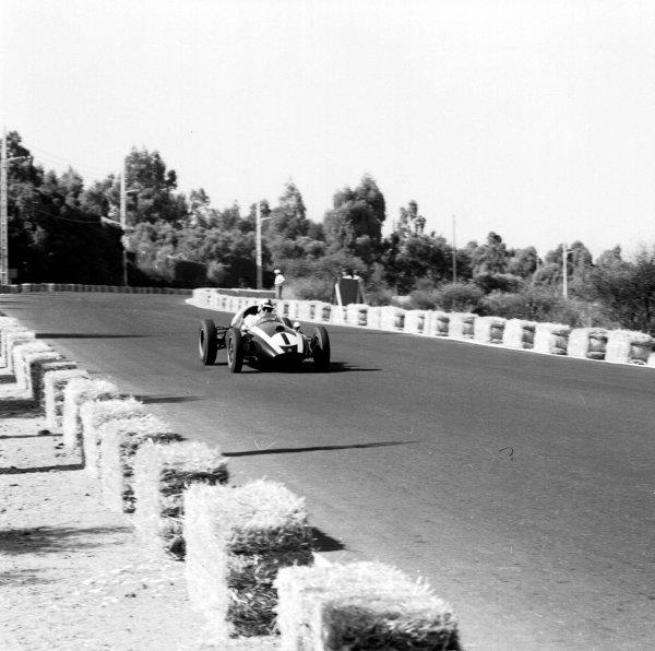 1959 Portuguese Grand Prix.Monsanto, Lisbon, Portugal.21-23 August 1959.Jack Brabham (Cooper T51 Climax). Ref-4847.World Copyright - LAT Photographic