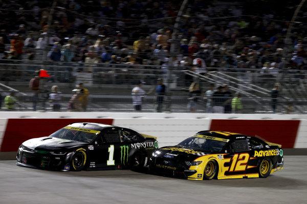 #1: Kurt Busch, Chip Ganassi Racing, Chevrolet Camaro Monster Energy, #12: Ryan Blaney, Team Penske, Ford Mustang Advance Auto Parts