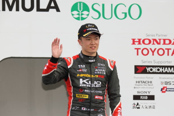 Rd9 Winner Ritomo Miyata, Corolla Chukyo Kuo TOM'S Dallara F317 Toyota TOM's