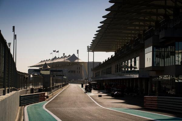 2017 GP3 Series Round 8.  Yas Marina Circuit, Abu Dhabi, United Arab Emirates. Thursday 23 November 2017. A view of the pit lane Photo: Sam Bloxham/GP3 Series Media Service. ref: Digital Image _J6I0865