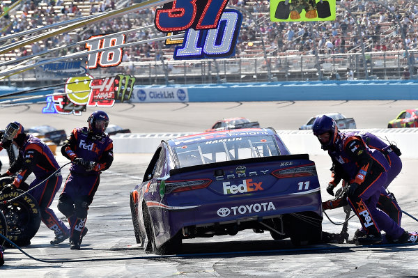 2017 Monster Energy NASCAR Cup Series Camping World 500 Phoenix International Raceway, Avondale, AZ USA Sunday 19 March 2017 Denny Hamlin, FedEx Freight Toyota Camry World Copyright: Rusty Jarrett/LAT Images ref: Digital Image 17PHX1rj_3034