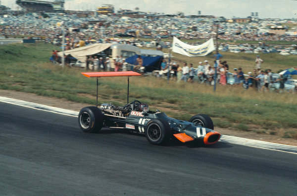 1969 South African Grand Prix. Kyalami, South Africa. 27/2-1/3 1969. Jackie Oliver (BRM P133), 7th position. Ref-69SA42. World Copyright - LAT Photographic