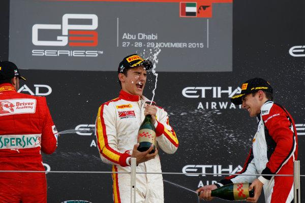 2015 GP3 Series Round 9 Yas Marina Circuit, Abu Dhabi, UAE. Sunday 29 November 2015. Alex Palou (ESP, Campos Racing), Antonio Fuoco (ITA, Carlin) & Esteban Ocon (FRA, ART Grand Prix)  Photo: Sam Bloxham/GP3 Series Media Service. ref: Digital Image _G7C8767