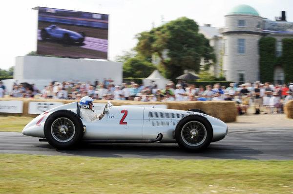 Goodwood Estate, Chichester England 11th - 14th July 2013. Jochen Mass, Mercedes W125. World Copyright: Jeff Bloxham/LAT Photographic ref: Digital Image DSC_7464