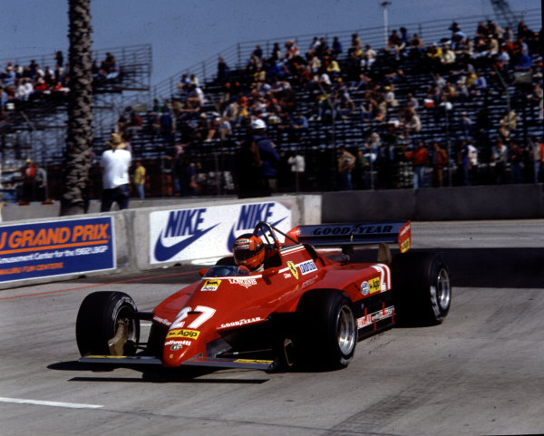 1982 United States Grand Prix West.Long Beach, California, USA.2-4 April 1982.Gilles Villeneuve (Ferrari 126C2), disqualified after finishing in 3rd position.World Copyright - LAT Photographic