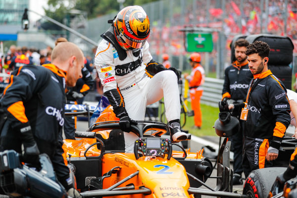 Stoffel Vandoorne, McLaren MCL33 Renault.