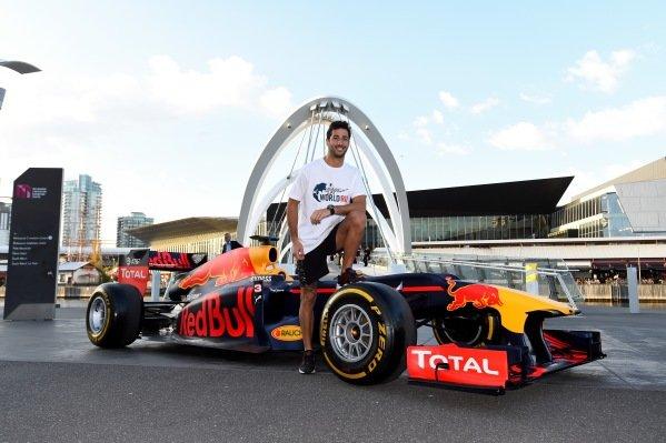 Daniel Ricciardo (AUS) Red Bull Racing at a Wings For Life World Run Press Call at Formula One World Championship, Rd1, Australian Grand Prix, Preparations, Albert Park, Melbourne, Australia, Wednesday 16 March 2016. BEST IMAGE