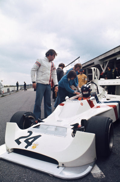 1974 Swedish Grand Prix  Anderstorp, Sweden. 7-9 June 1974.  James Hunt, Hesketh 308 Ford, in the pits.  Ref: 74SWE08. World Copyright: LAT Photographic