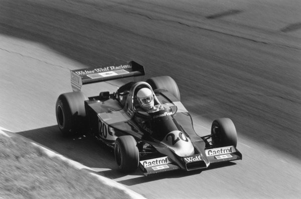 1977 Italian Grand Prix.Monza, Italy. 11 September 1977.Jody Scheckter (Wolf WR1-Ford Cosworth). Ref-10416 #25.World Copyright - LAT Photographic