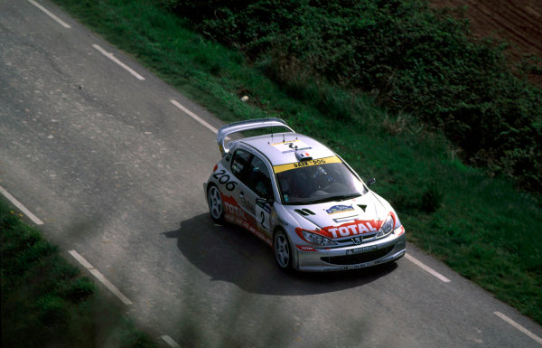 2001 World Rally Championship. Catalunya Rally, Spain. 22nd - 25th March 2001. Rd 4. Didier Auriol / D Giraudet, Peugeot 206 WRC, action. World Copyright: McKlein / LAT Photographic. Ref: A03