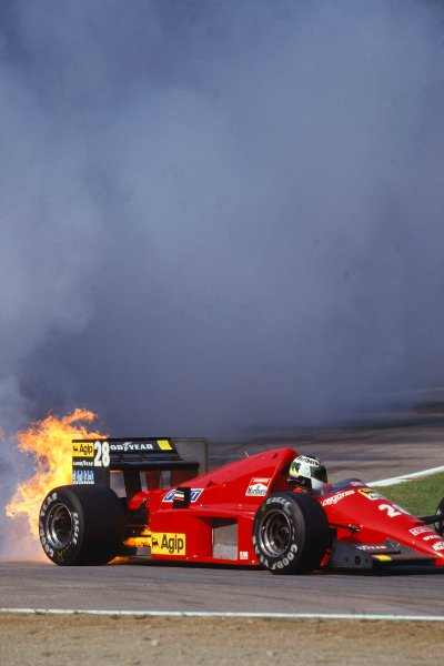 1986 Italian Grand Prix.Monza, Italy.5-7 September 1986.Stefan Johansson's (Ferrari F186) engine lets go in a spectacular way during qualifying.Ref-86 ITA 17.World Copyright - LAT Photographic