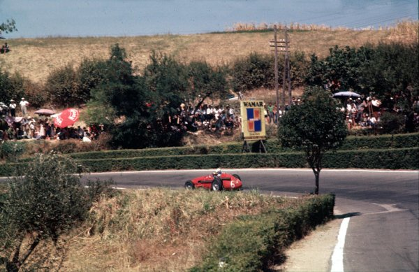 1957 Pescara Grand Prix.Pescara, Italy.16-18 August 1957. Harry Schell (Maserati 250F) 3rd position.Ref-57 PES 02.World Copyright - LAT Photographic