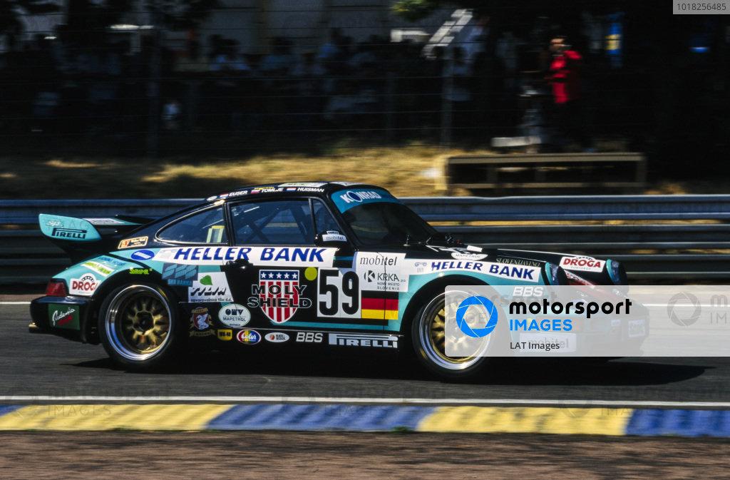 Cor Euser / Patrick Huisman / Matjaz Tomlje, Konrad Motorsport, Porsche 911 Carrera RSR.