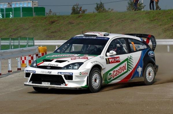 Markko Martin (GBR) / Michael Park (GBR) Ford Focus RS WRC04 on the superspecial.World Rally Championship, Rd11, Rally of Japan, Shakedown, Obihiro, Hokkaido, Japan, 2 September2004.DIGITAL IMAGE