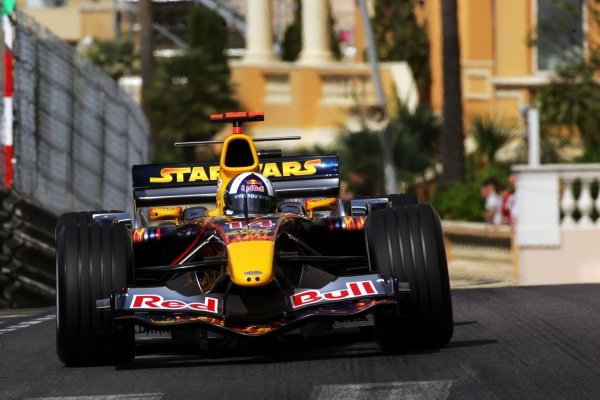 David Coulthard (GBR) Red Bull Racing RB1. Formula One World Championship, Rd6, Monaco Grand Prix, Race Day, Monte Carlo, Monaco, 22 May 2005. DIGITAL IMAGE