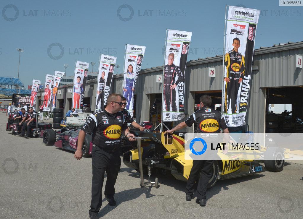 22-23 June, 2013, Newton, Iowa USA.#15 Graham Rahal, Rahal Letterman Lanigan Racing crew pushing out to pitlane for practice. ©2013, Dan R. Boyd LAT Photo USA