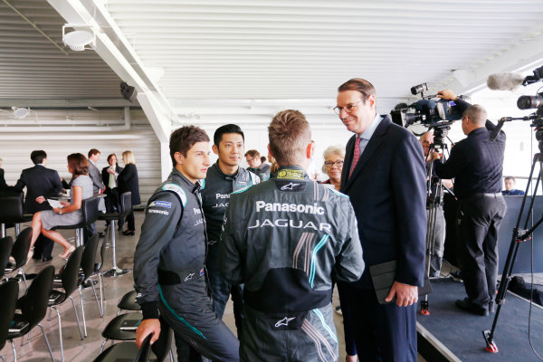 Jaguar Racing Official Formula E Launch Jaguar Heritage Collections Centre, Gaydon, UK Thursday 8 September 2016 Guests are greeted by drivers Ho-Pin Tung, Mitch Evans and Adam Carroll. World Copyright: Andrew Ferraro/LAT Photographic ref: Digital Image _14P4426