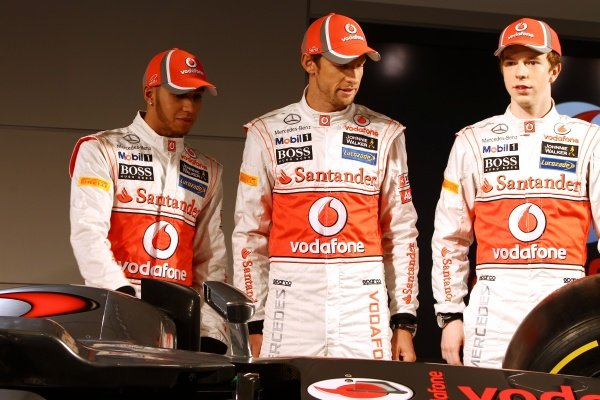 (L to R): Lewis Hamilton (GBR) McLaren; team mate Jenson Button (GBR) McLaren; Oliver Turvey (GBR), with the new McLaren MP4-27. McLaren MP4-27 Launch, McLaren Technology Centre, Woking, England, 1 February 2012.