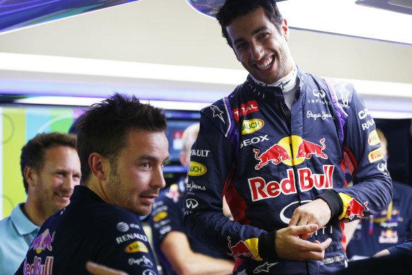 Marina Bay Circuit, Singapore. Thursday 18 September 2014. Daniel Ricciardo, Red Bull Racing. World Copyright: Andy Hone/LAT Photographic. ref: Digital Image _ONZ1897