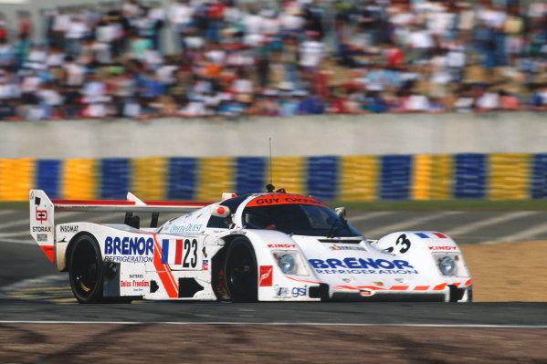 1993 Le Mans 24 Hours. Le Mans, France. 19th - 20th June 1993. Denis Morin/Didier Caradec/Alain Sturm (Porsche 962C), 14th position, action.  World Copyright: LAT Photographic. Ref:  93LM12.