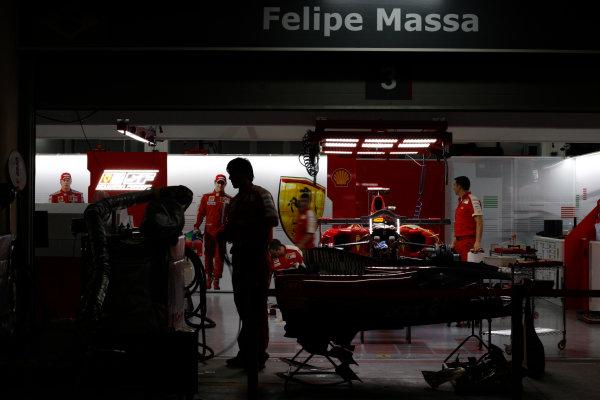Bahrain International Circuit, Sakhir, Bahrain24th April 2009The Ferrari garage by night. Garages. Atmosphere. World Copyright: Andrew Ferraro/LAT Photographicref: Digital Image _H0Y8803