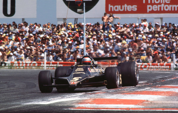 1978 French Grand Prix.Paul Ricard, Le Castellet, France.30/6-2/7 1978.Mario Andretti (Lotus 78 Ford) 1st position.World Copyright - LAT Photographic