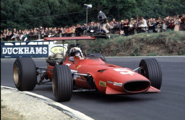 1968 British Grand Prix.Brands Hatch, England.18-20 July 1968.Chris Amon (Ferrari 312) 2nd position.Ref-68 GB 31.World Copyright - LAT Photographic