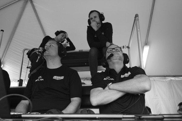 #86 Meyer Shank Racing w/Curb-Agajanian Acura NSX GT3, GTD: , Shinya Michimi, Jules Gounon, Michael Shank