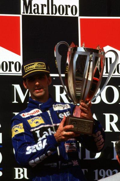 1993 Hungarian Grand Prix.Hungaroring, Budapest, Hungary.13-15 August 1993.Damon Hill (Williams Renault) 1st position.World Copyright - LAT Photographic