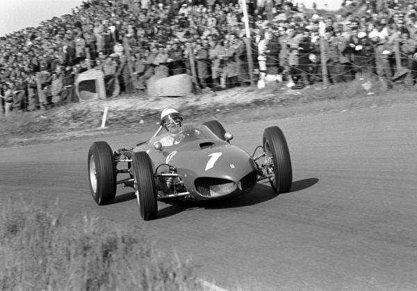 Reigning World Champion Phil Hill (USA) Ferrari 156 finished third in the opening race of the season. Dutch Grand Prix, Zandvoort, 20 May 1962.