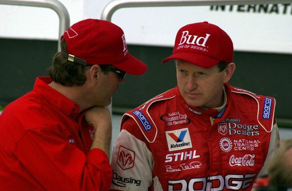 Team owner Ray Evrnham and Bill Elliott.(NASCAR Daytona 500 18 Feb 2001Daytona International Speedway Daytona Beach, Florida, USACopyright-F Peirce Williams 2001 LAT PHOTOGRAPHIC
