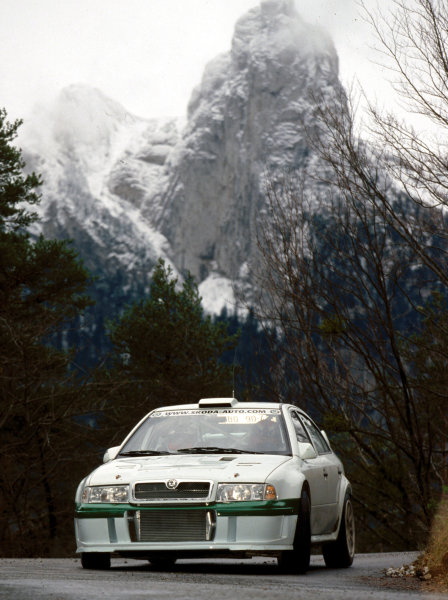 2002 World Rally Championship TestingFrance, 11th December 2002Didier Auriol, Skoda Octavia WRCWorld Copyright - PHOTO4 / LAT Photographicref: digital file only