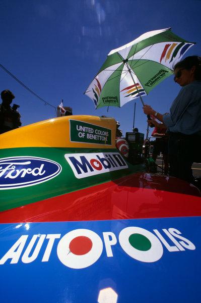 Adelaide, Australia. 2-4 November 1990. Nelson Piquet, Benetton B190 Ford, 1st position, on the grid. Ref: 90 AUS 27. World Copyright - LAT Photographic
