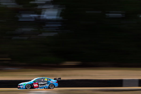 2015 V8 Supercar Championship Round 2.  Tasmanian Super Sprint, Symmons Plains Raceway, Tasmania, Australia. Friday 27th March to Sunday 29th March 2015. Scott McLaughlin drives the #33 Wilson Security Racing GRM Volvo  World Copyright: Daniel Kalisz/LAT Photographic Ref: Digital Image V8SC15_AGP_DKIMG1149.CR2