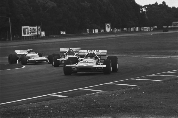 1971 Non Championship Race. 1971 Argentinian Grand Prix.  Buenos Aires, Argentina. 22nd - 24th January 1971. Jo Siffert (March 701- Cosworth), 2nd position, leads Henri Pescarolo (March 701- Cosworth), 3rd position and Chris Amon (Matra MS120 - Cosworth}, 4th position, action.  World Copyright: LAT Photographic.  Ref:  3479 - 00A.