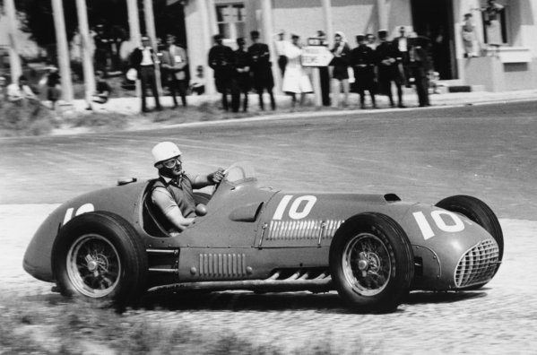 1951 French Grand Prix.Reims-Gueux, France. 1 July 1951.Luigi Villoresi (Ferrari 375). Ref-51/33 #6.World Copyright - LAT Photographic