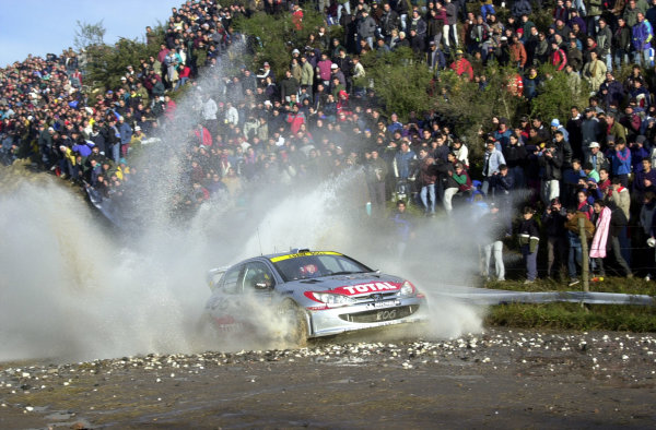 2001 World Rally Championship. ArgentinaMay 3rd-6th, 2001Marcus Gronholm on stage 9.Photo: Ralph Hardwick/LAT