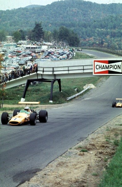 1968 Canadian Grand Prix.Mont-Tremblant, (St. Jovite), Quebec, Canada.20-22 September 1968.Denny Hulme leads Bruce McLaren (both McLaren M7A Ford's). They finished in 1st and 2nd positions respectively.Ref-68 CAN 13.World Copyright - LAT Photographic