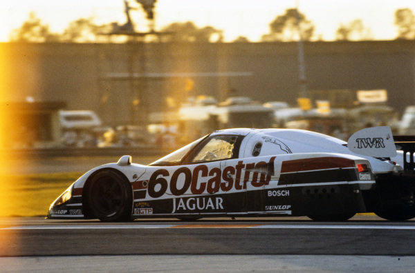 Jan Lammers / Davy Jones / Raul Boesel, Tom Walkinshaw Racing, Jaguar XJR-9 D.