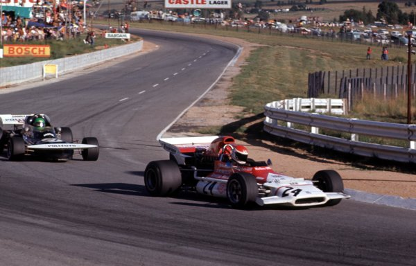 1972 South African Grand Prix.Kyalami, South Africa.2-4 March 1972.Helmut Marko (BRM P153) leads Henri Pescarolo (March 721 Ford).Ref-72 SA 20.World Copyright - LAT Photographic