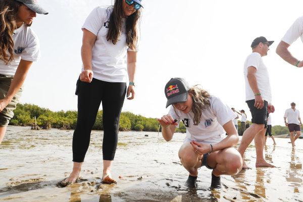 Cristina Gutierrez (ESP), X44, Sara Price (USA), Segi TV Chip Ganassi Racing, and Catie Munnings (GBR), Andretti United Extreme E, on the Oceanium Mangrove Legacy Project Visit