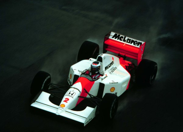1992 British Grand Prix.Silverstone, England.10-12 July 1992.Gerhard Berger (McLaren MP4/7A Honda) 5th position.World Copyright - LAT Photographic