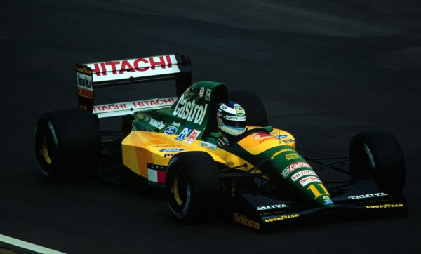1992 Hungarian Grand Prix.Hungaroring, Budapest, Hungary.14-16 August 1992.Mika Hakkinen (Lotus 107 Ford) 4th position.World Copyright - LAT Photographic