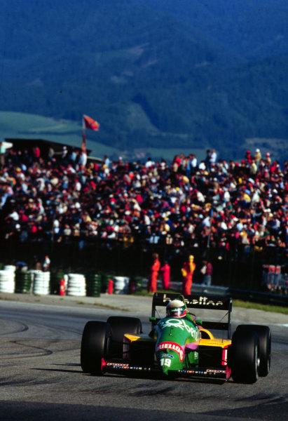 1987 Austrian Grand Prix.Osterreichring, Zeltweg, Austria.14-16 August 1987.Teo Fabi (Benetton B187 Ford) 3rd position.World Copyright - LAT Photographic